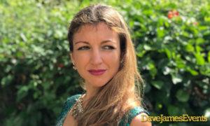Classical Singer Deborah Dee